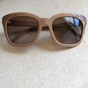Nude Chloè sunglasses